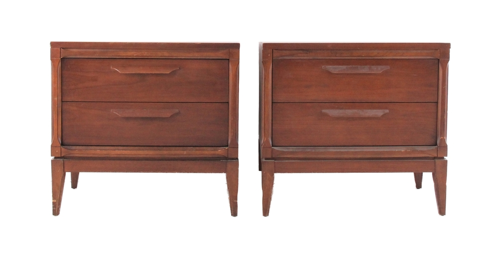Pair of Mid Century Modern Bassett Night Stands