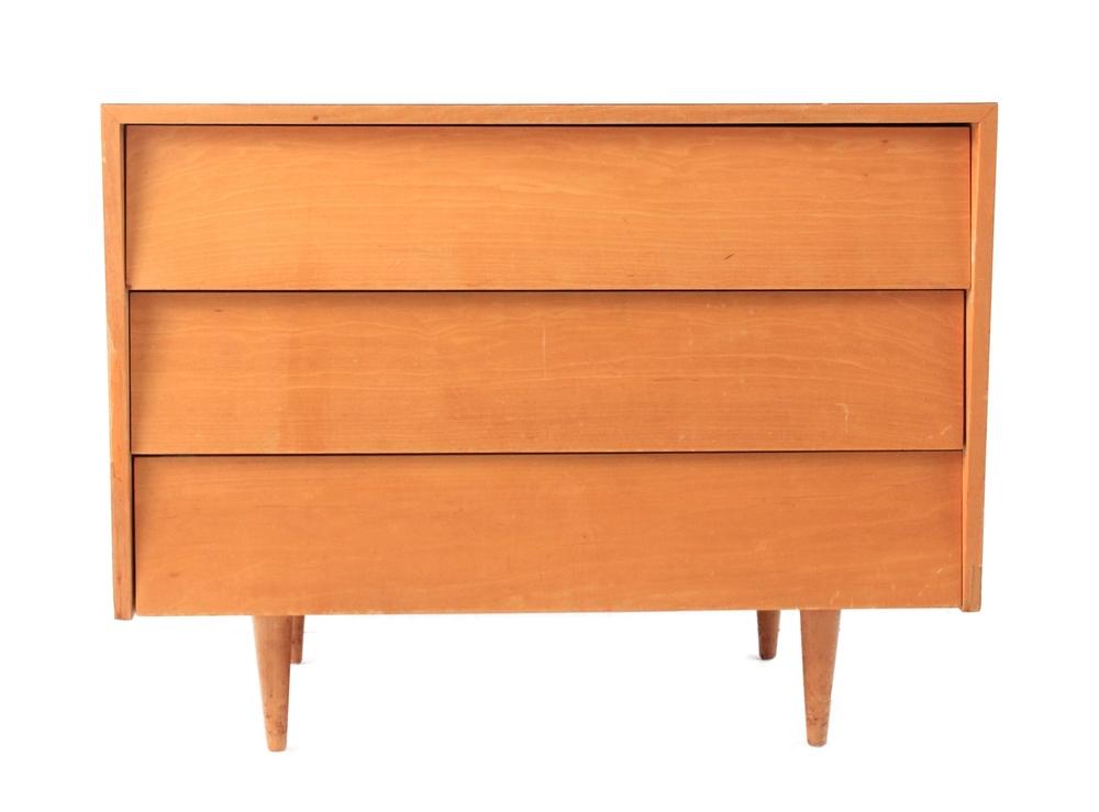 Vintage Knoll Dresser
