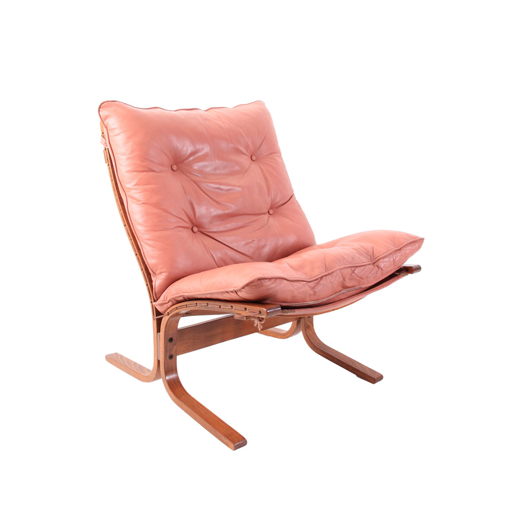 Vintage Pink Westnofa Leather Lounge Chair