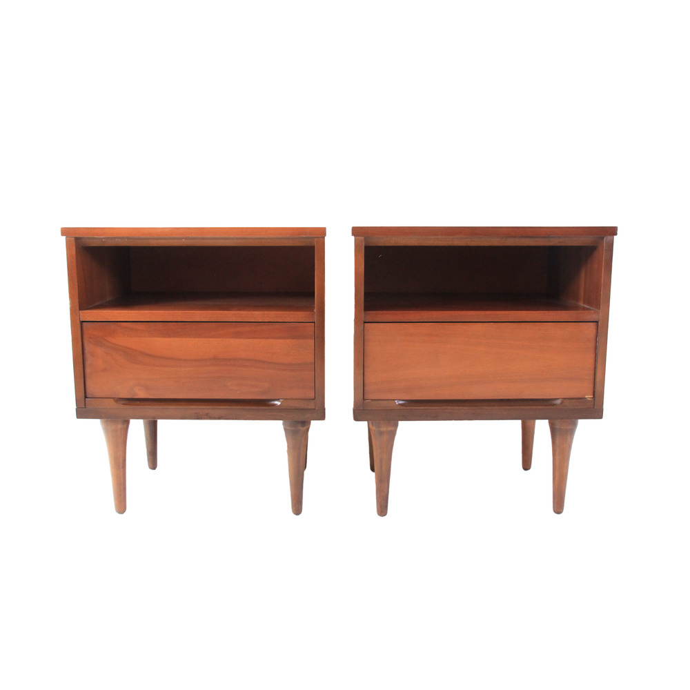 Pair of Vintage Mid Century Modern Nightstands