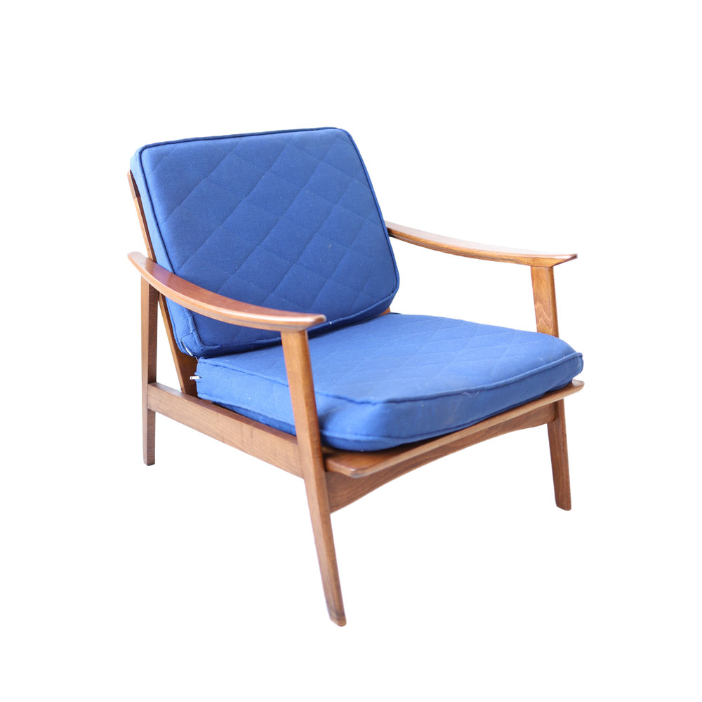 Vintage Mid Century Modern Lounge Chair with Blue Cushions  sc 1 st  At 1st Sight : midcentury lounge chair - Cheerinfomania.Com