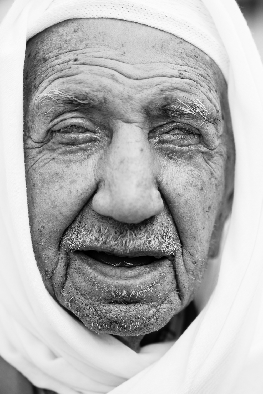 Kilis. An old man blind