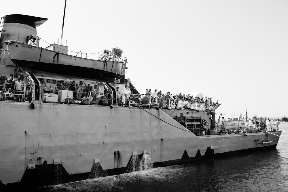 "Landing of the ""nave sfinge"" with about 460 migrants in the Augusta's harbour.  VIDEO/1"