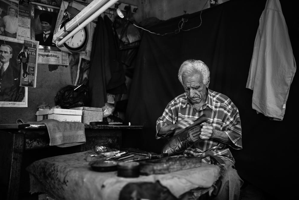 A shoemaker in Adana