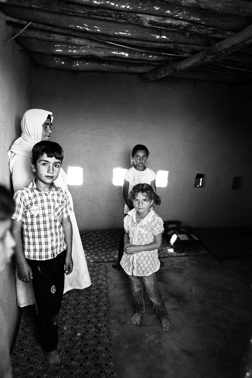 Inside the houses of a Yazidi temporary refugees camp in the desert, somewhere between Zakho and Sinjar. Iraq