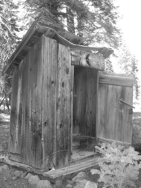 OUTHOUSE  BY  SHAWN FORD    CREATIVE COMMONS    WWW.FLICKR.COM