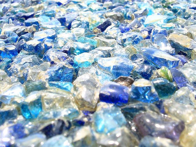 BLUE DIAMONDS BY  STEWART LEIWAKABESSY  CREATIVE COMMONS WWW.FLICKR.COM