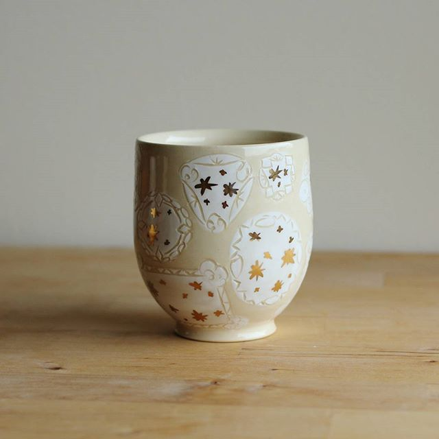 Just one of these puppies left in the shop! ✨🍵✨ #ceramics #pottery #yunomi #lustre #luster