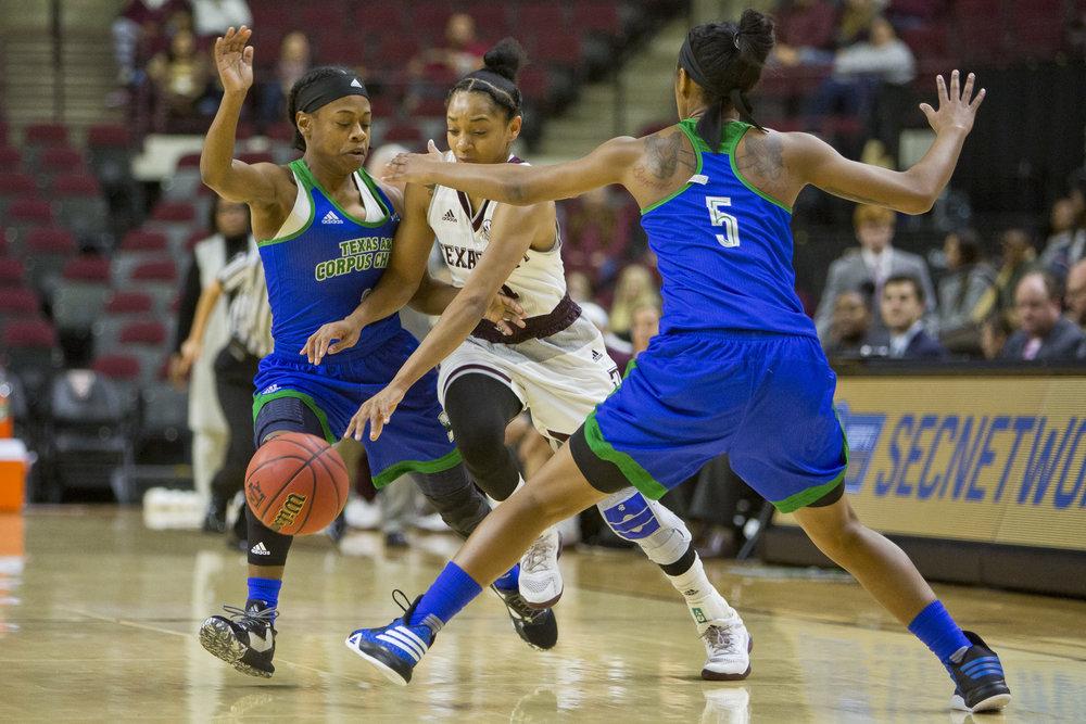 TAMU women's basketball beats A&M Corpus Christi