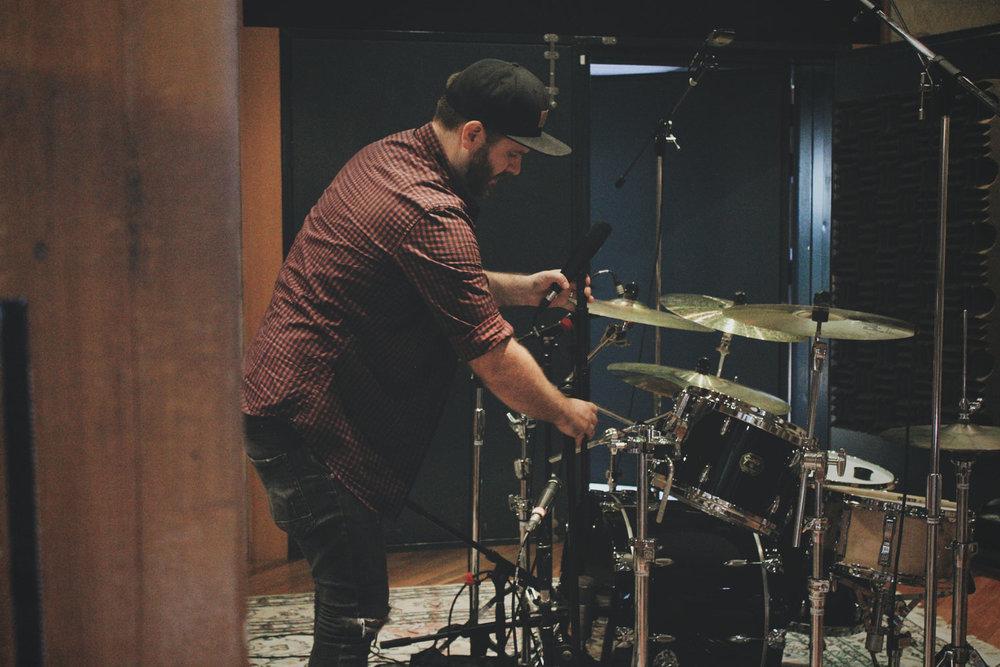 luke-munns-recording-live-drums.jpg