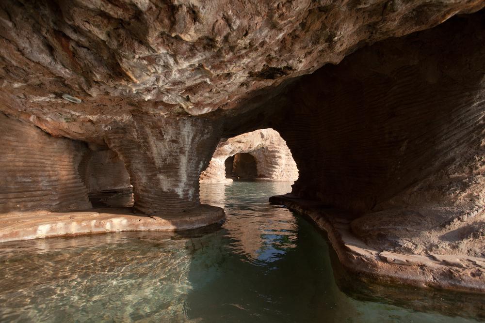 """21°42'15.1""""S 35°26'50.2""""E , 04/02/2014, 1605 Cave, Clube Naval, Indigo Bay Resort, Bazaruto"""