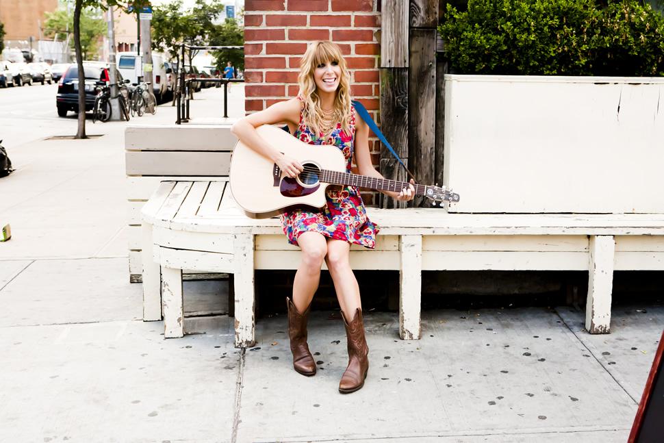 Lindsay Ellyn; image courtesy of musician