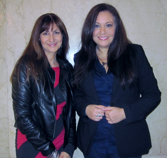Lois Eastlund (L) and Adrienne Borgerson; image courtesy of La Fashionista Compassionista