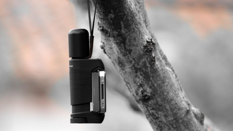 iPhone grip handle for handheld grip - Shoulderpod S1 professional smartphone rig