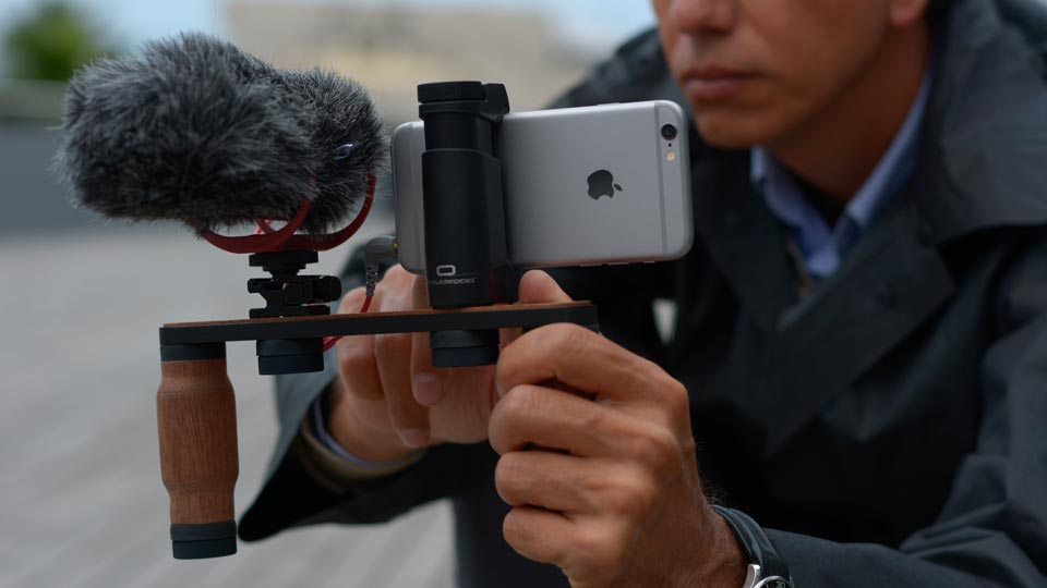 Shoulderpod X1 professional modular rig for iphone