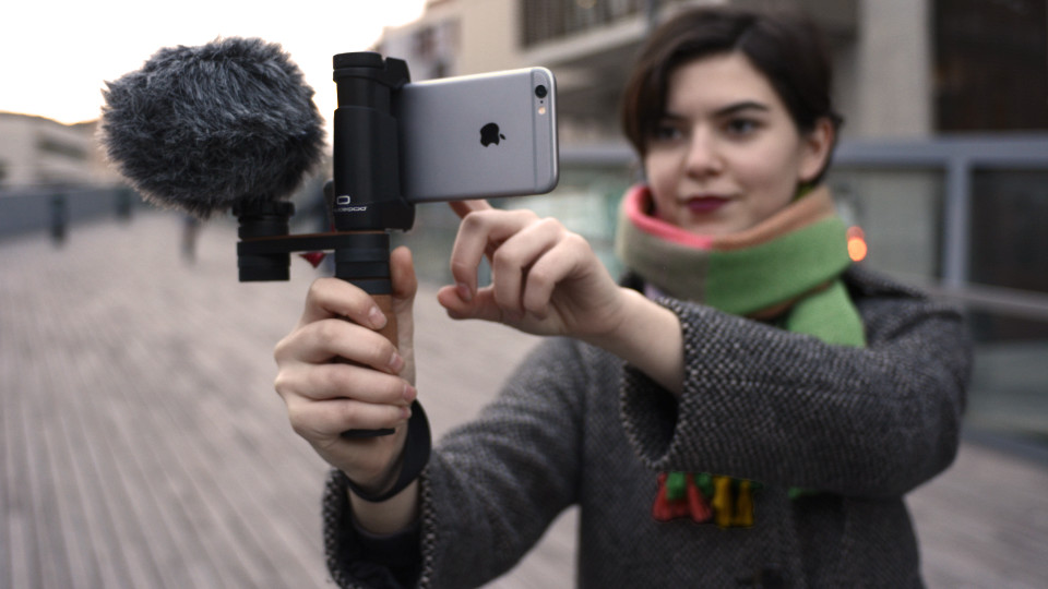 SHOULDERPOD R2 POCKET SMARTPHONE RIG FOR IPHONE handheld