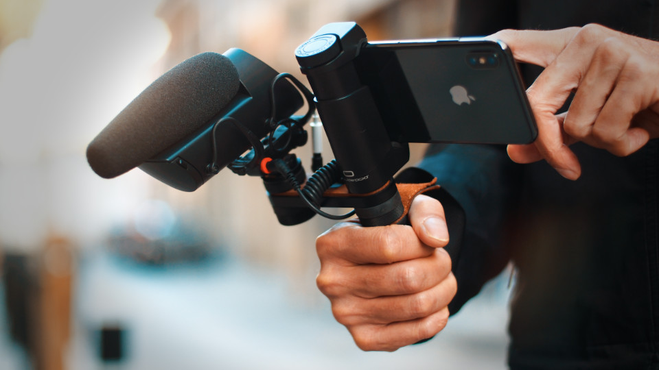 SHOULDERPOD - MOBILE JOURNALISM