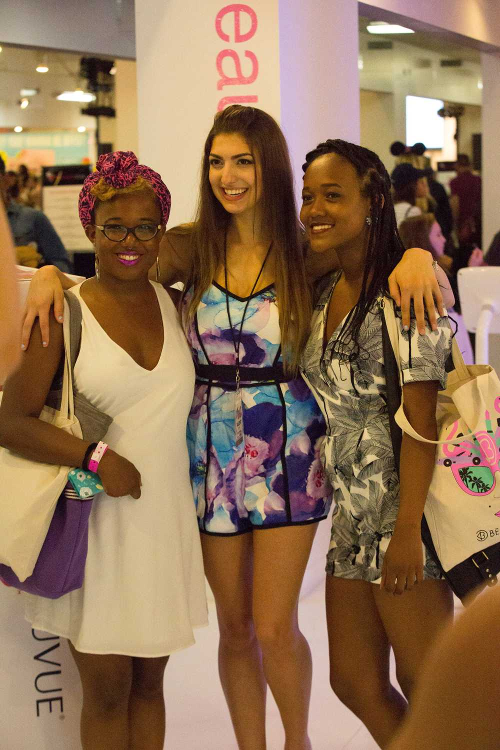 BEAUTYCON LA | Acuvue Define