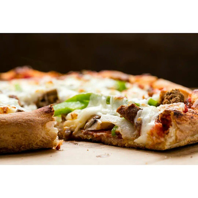 GAETANO'S SPECIAL  Sausage, meatballs, onions, mushrooms, green peppers, pepperoni, & mozzarella cheese  #pizza #sandiegorestaurants #springvalley #italianrestaurant #pizzeria #stayhungrysd #diningoutsd #italianfood