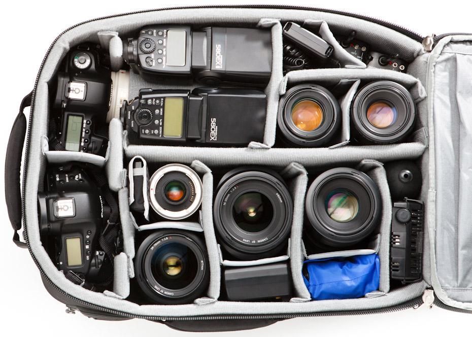 Deze ThinkTank Airpot Accelerator kun je echt vol gooien met camera's en lenzen. Hier een voorbeeld van een indeling.