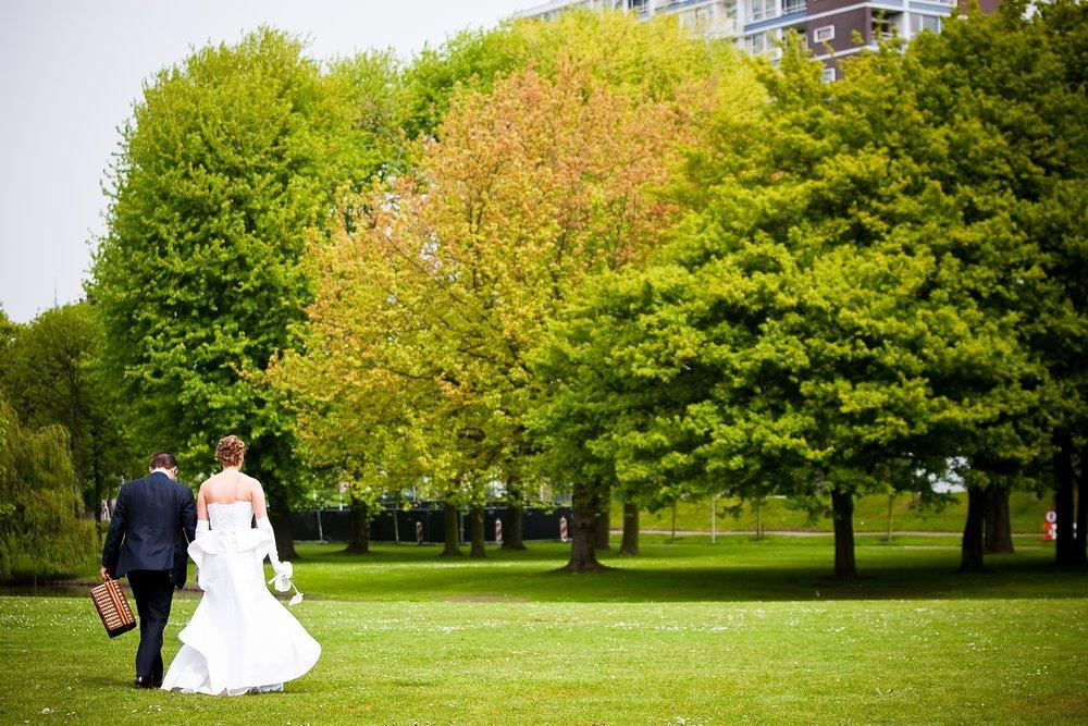 Stefan Segers-trouwshoot-bruidsfotografie-trouwreportage-Rotterdam-park euromast-416.jpg