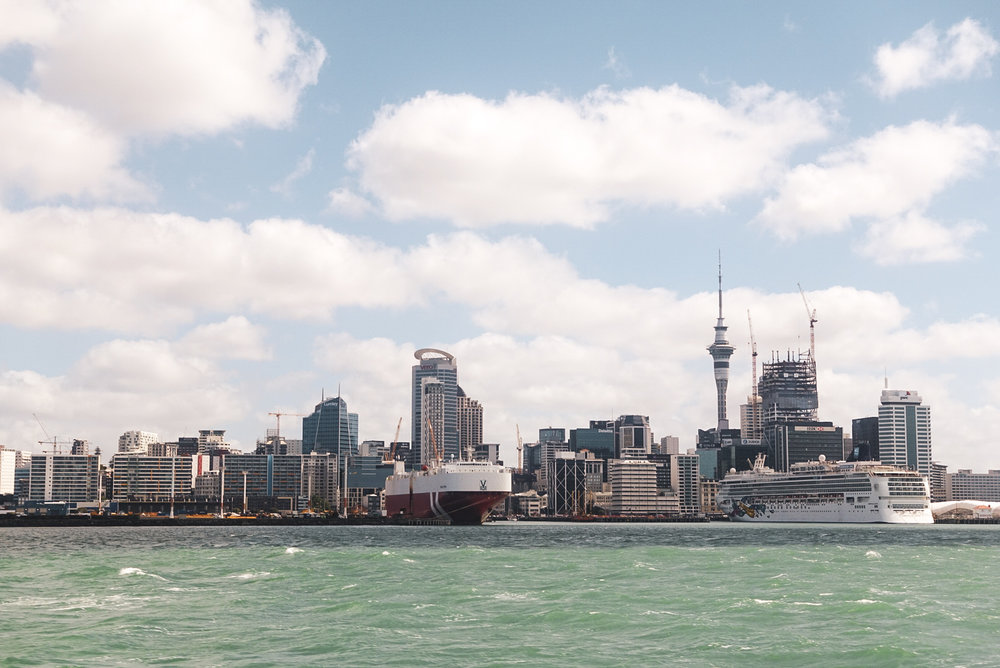 View of the harbor and downtown Auckland as you arrive via a ferry.   photo/ Jonathan