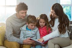 familyreading.jpg