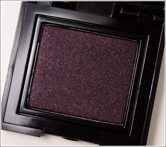Laura Mercier eyeshadow in Deep Garnet