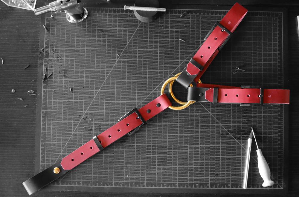 Govner's Leather Y Harness Red