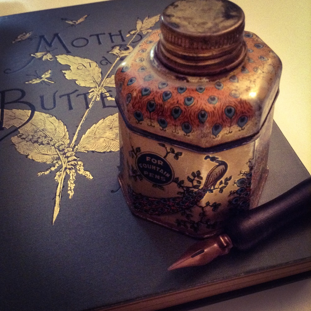 Art Nouveau Ink Tin