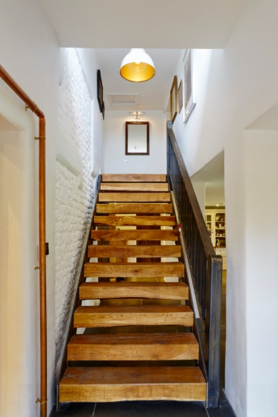Wren Cottage staircase.jpg