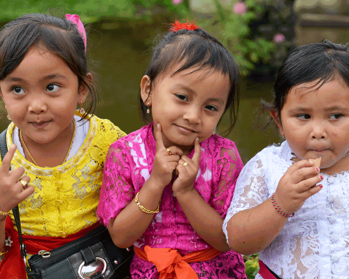 'Three Little Ladies' © Naida Ginnane 2017 Nikon D800, 24-70mm lens. f/4.5, 1/150, ISO 100. These little girls were all dressed up in their best clothes, and handbags, for a trip to the temple with the family.