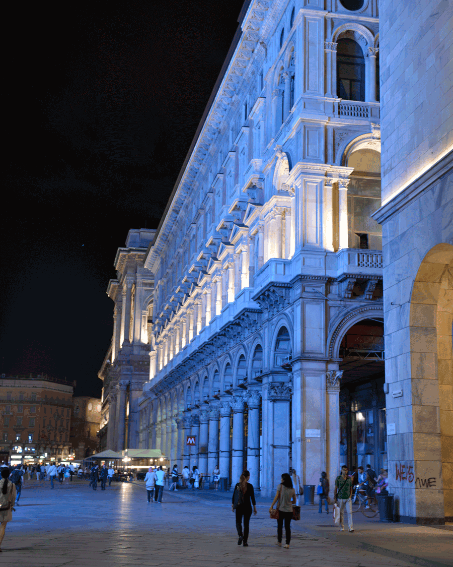 'Blue Galleria' © Naida Ginnane 2015 Nikon D800 24-70mm lens,1/ 25, f/3.2, ISO 800, +.33.A lot of the world's cities use coloured light to feature their impressive architecture. You can see this one in Milan is lit from it's exterior and interior.