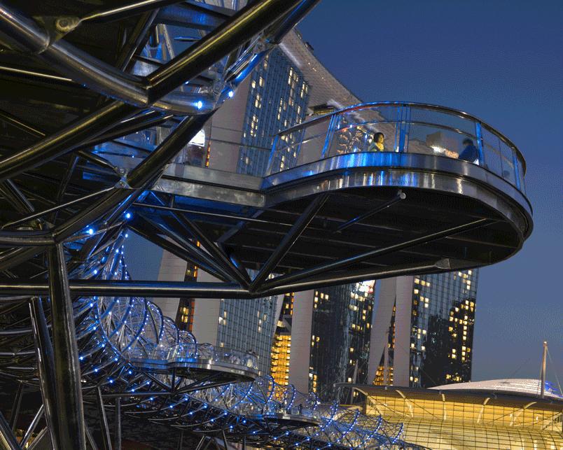 'Blue Steel' © Naida Ginnane 2018, Nikon D800 24-70mm lens 1/60, f/16, ISO 400.
