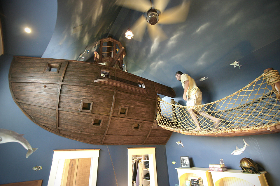 Pirate-Ship-Bedroom-by-Kuhl-Design-Build-1.jpg