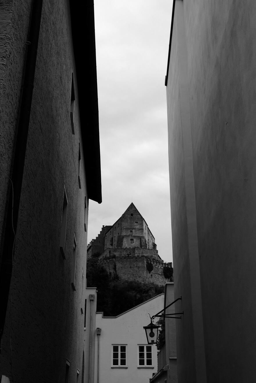 ein zweiter Blick auf die Burg