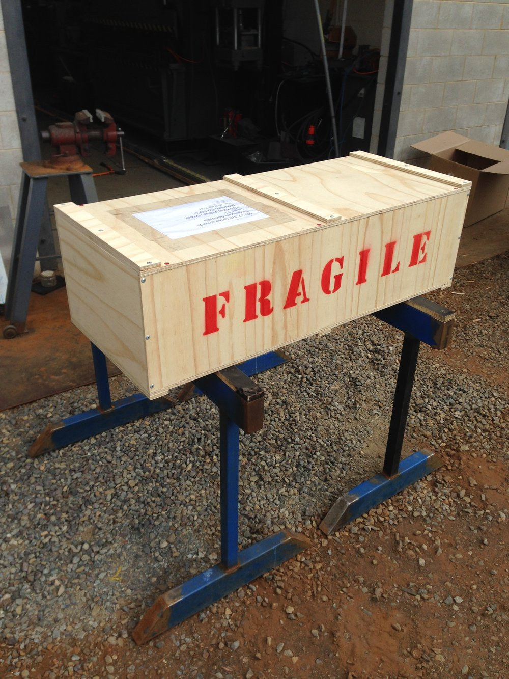 SHIPPING CRATE FOR ARTWORK