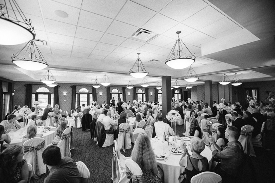Megan and Matt, Vita Fitness center Corazon, jenny haas photography, columbus ohio wedding photographers, the Corazon, modern wedding,
