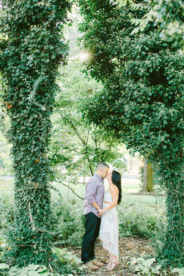 Taylor and Chris, dayton ohio engagement photography, dayton ohio wedding photographers, jenny haas photography, fine art weddings, simple, clean and romantic