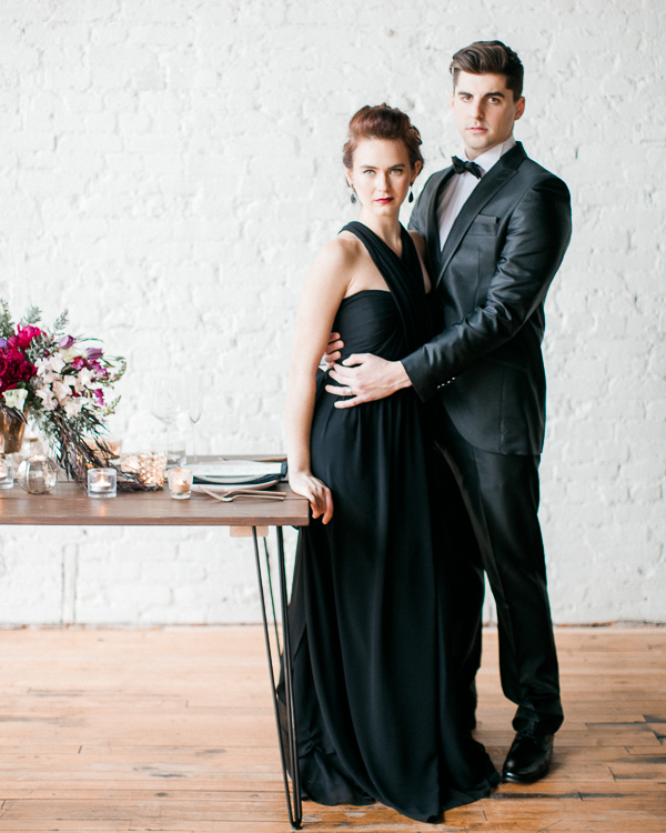 dayton-columbus-cincinnati-wedding photographers-lifestyle and portrait photography- moody styled shoot with evergreen flower co- columbus ohio wedding photography- fine art weddings- destination wedding photographers-black wedding inspiration- magenta and peach florals-jenny haas photography