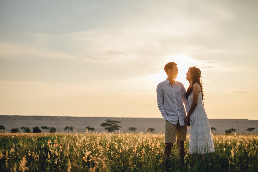 Juxtapose Pix - Pre-Wedding - Mark & Therese - Tuas Sunset 00009.jpg