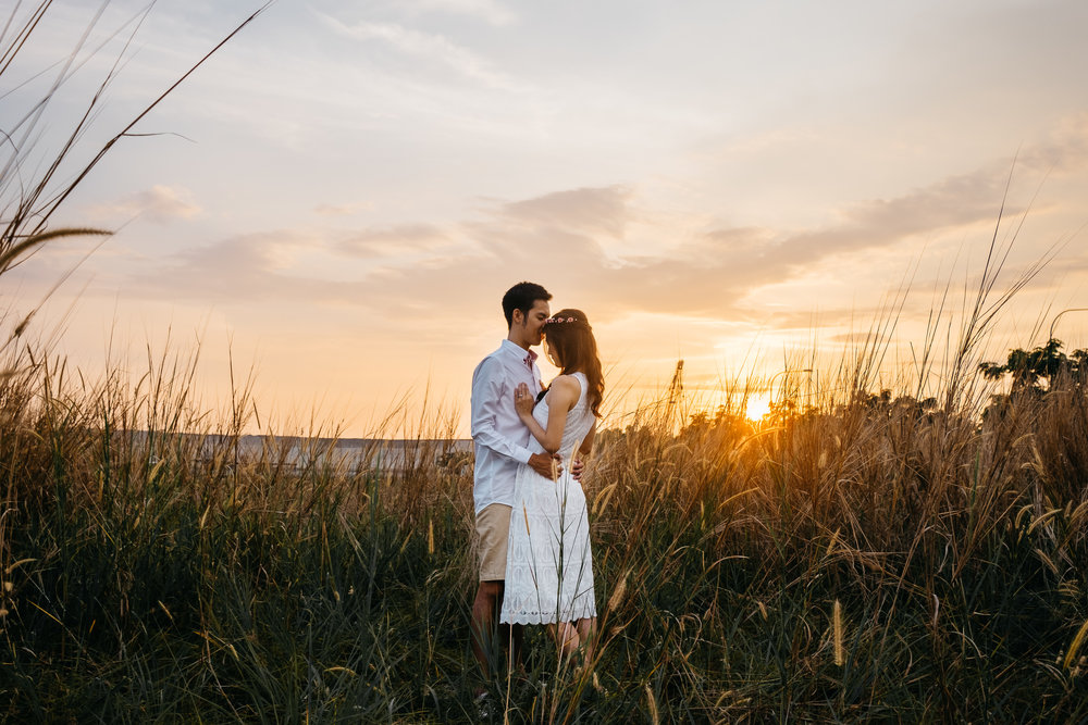 Juxtapose Pix - Pre-Wedding - Mark & Therese - Tuas Sunset 00012.jpg