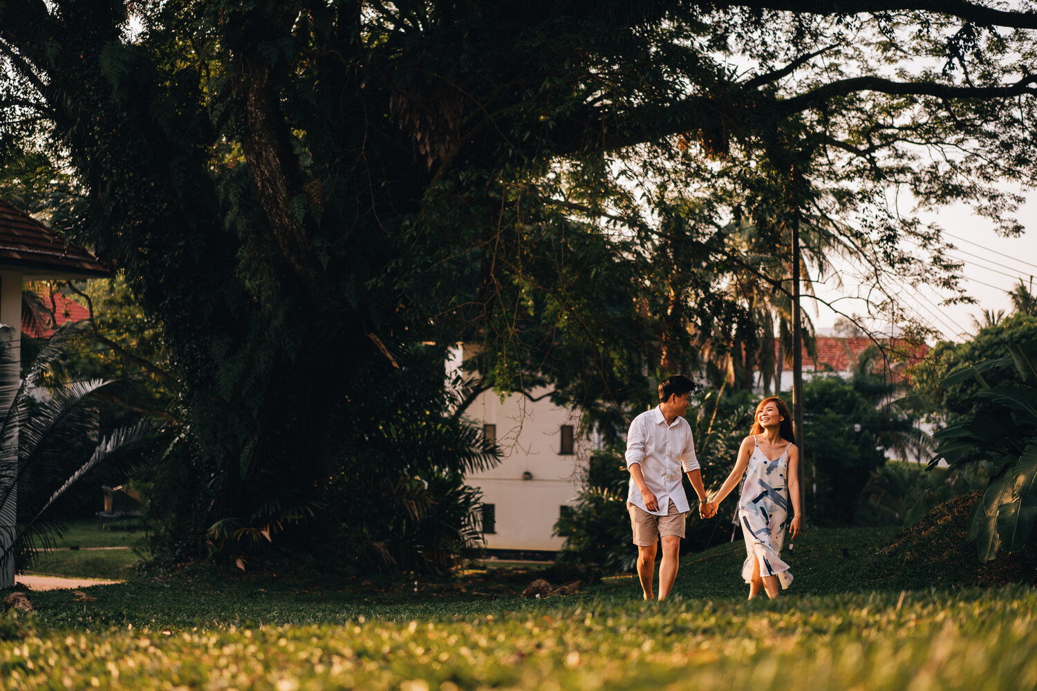 C & XL's casual shoot at Portsdown Road estate and water tower — juxtapose pix | Singapore Pre-wedding & Actual day photography