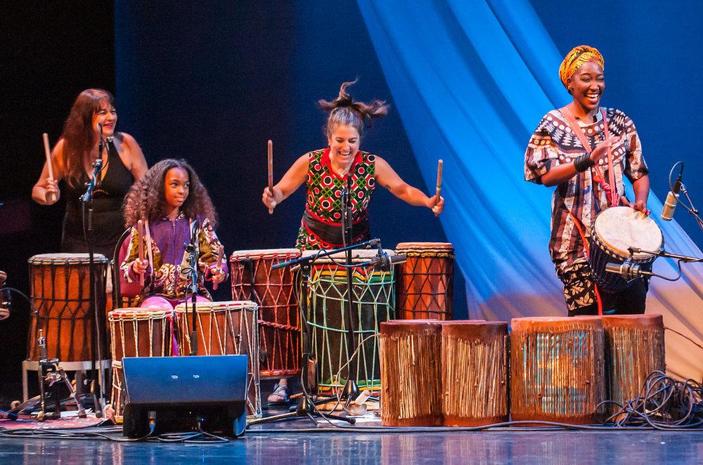 Maria Llorca, Nasira Keita, Jessie Lehmann, and Kasiva Mutua on Monette's piece