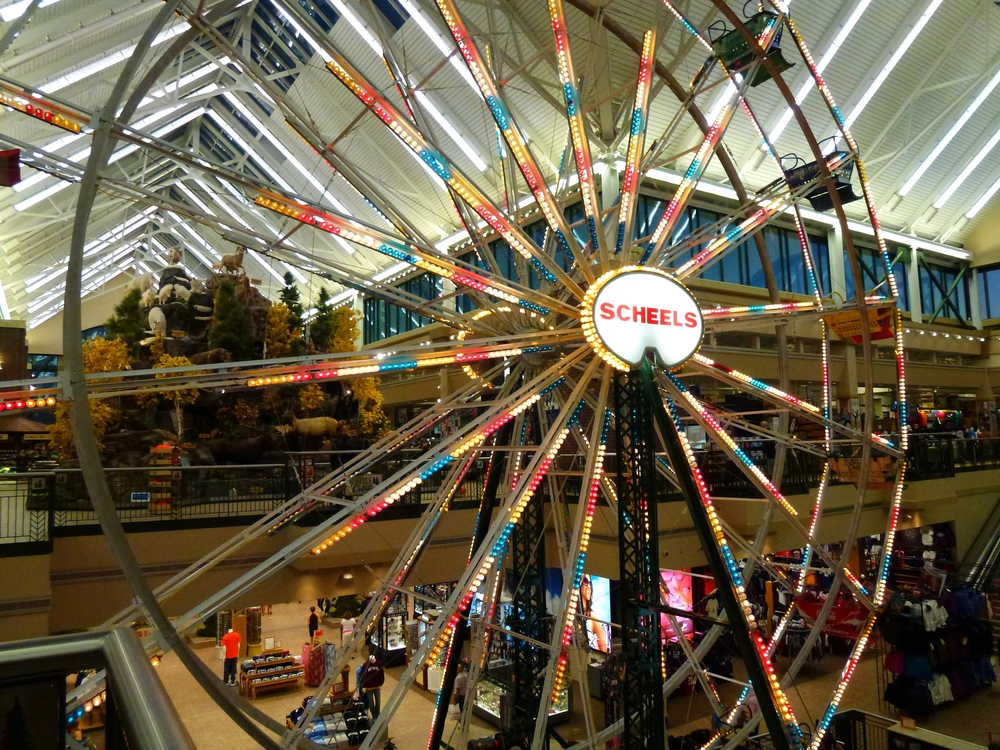 Scheels_Ferris_Wheel.jpg