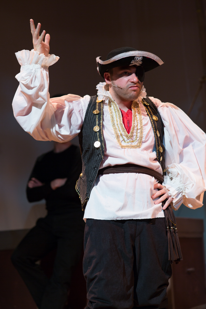 fantasticks pirate costume.jpg