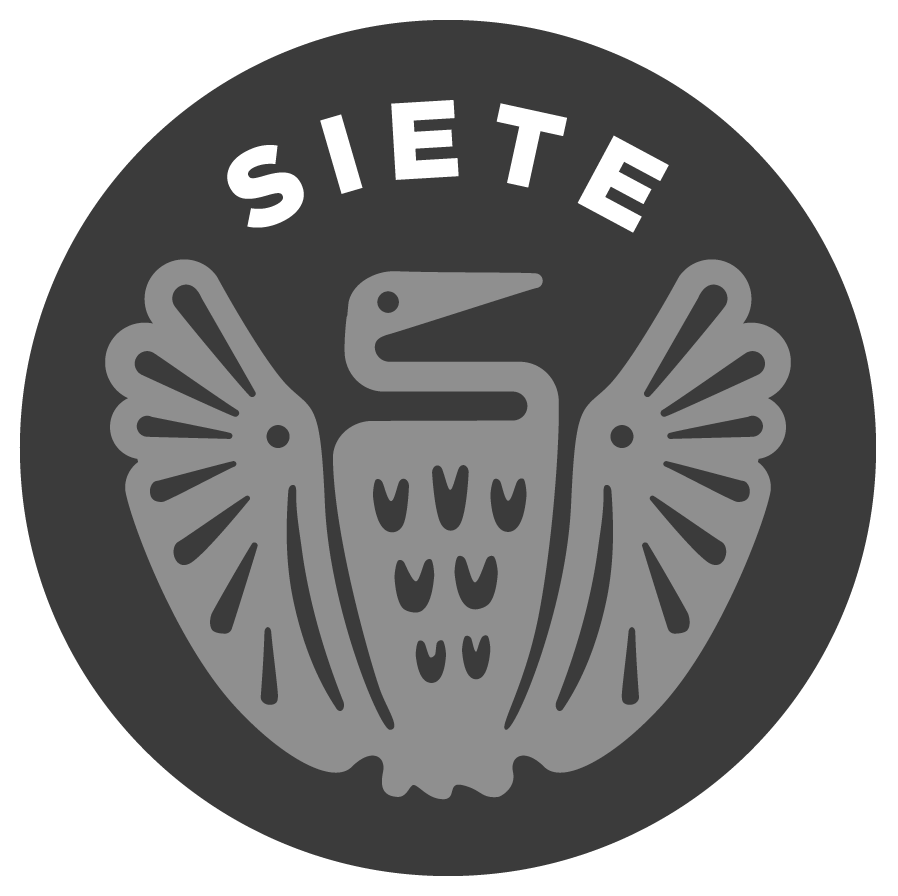 5b1.Siete-Logo-on-Dark-Background-Circle.png