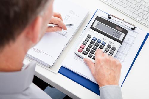 man setting a budget.jpg