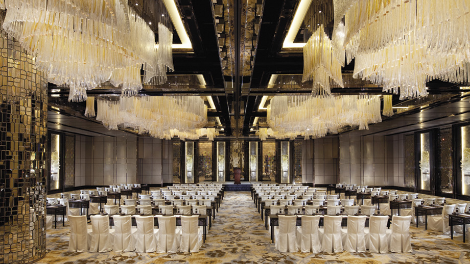 Ritz_HongKongKowloon_00060_920x518.jpg