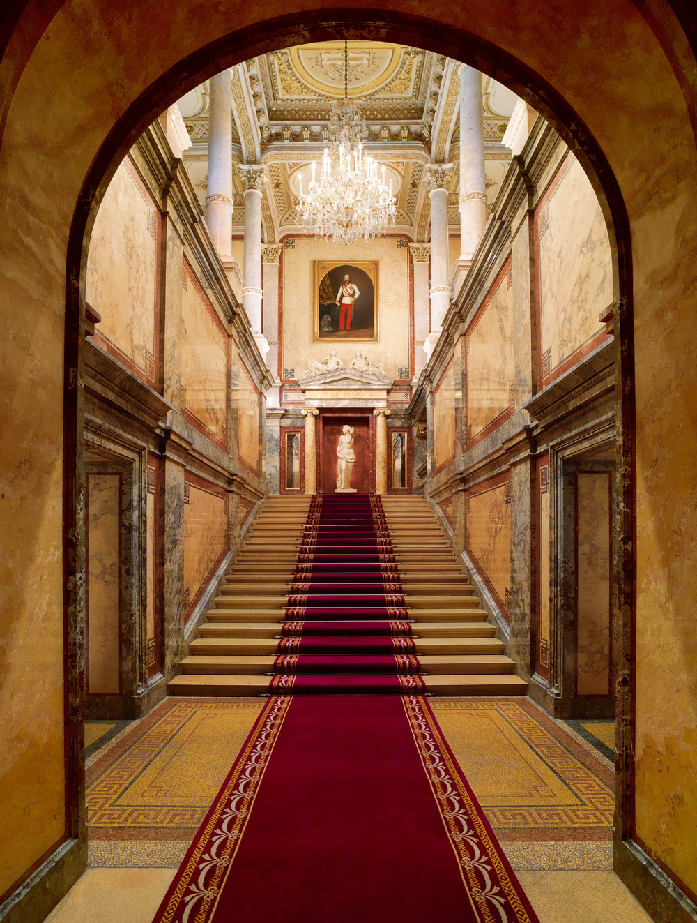 ST - Hotel Imperial Vienna - Grand Staircase - 2.jpg